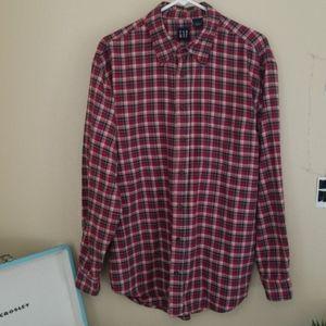 Gap red plaid flannel button down shirt